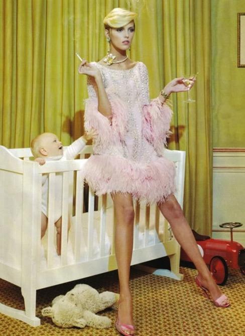 anja-rubik-vogue-italia-september-2007-baby-editorial_thumb2